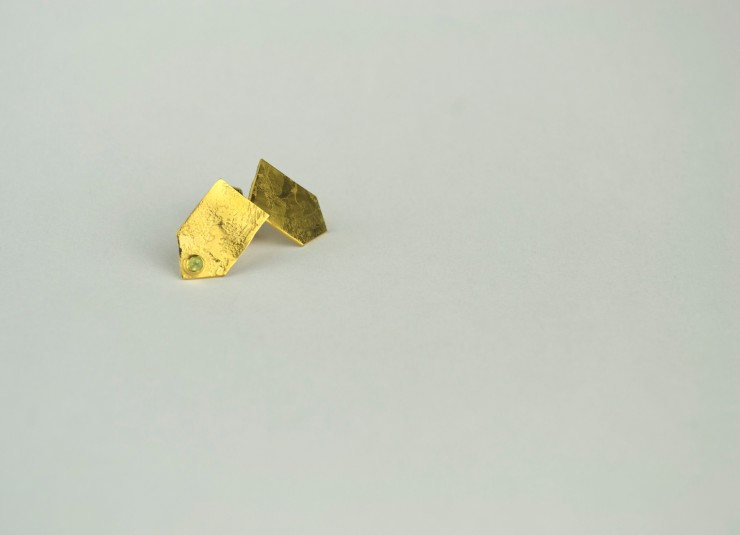 Stipple Earrings Peridot with gold